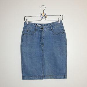 Vintage DKNY light blue denim pencil skirt size 10